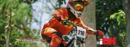 foto pembalap downhill foto oleh 76indonesia downhill.com