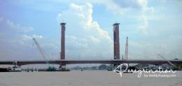 Jembatan Ampera Palembang (sumber : deddyhuang.com)