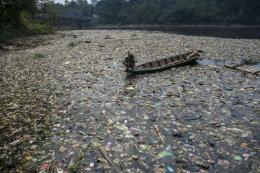 Aliran Sungai Citarum, Batujajar, Kabupaten Bandung Barat (Sumber: https://mediaindonesia.com)