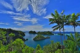 Gugusan pulau di Raja Ampat (Sumber: Indonesia Kaya)