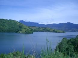 Danau Sentani (Sumber: Wikipedia Indonesia)