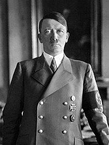Sumber: https://en.wikipedia.org/wiki/Adolf_Hitler