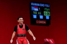 Senyum Eko Yuli Irawan,gambar via kompas.com
