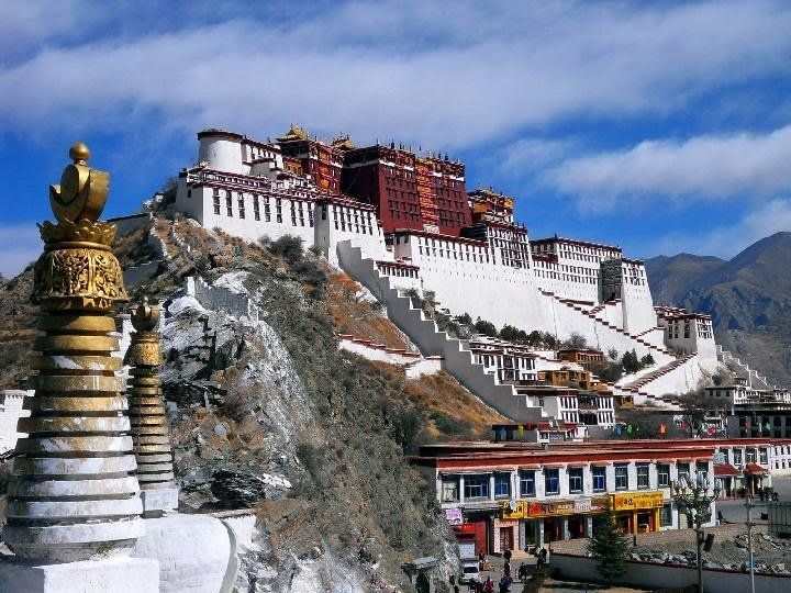 Tibet (sumber: tempo.co)