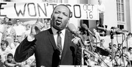 Pidato Martin Luther King Jr. - Sumber: dosomething.or