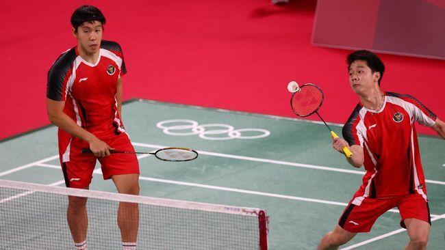 Ganda putra Indonesia, Kevin Sanjaya/Marcus Gideon akan melakoni pertandingan menentukan Olimpiade Tokyo 2020. (REUTERS/LEONHARD FOEG
