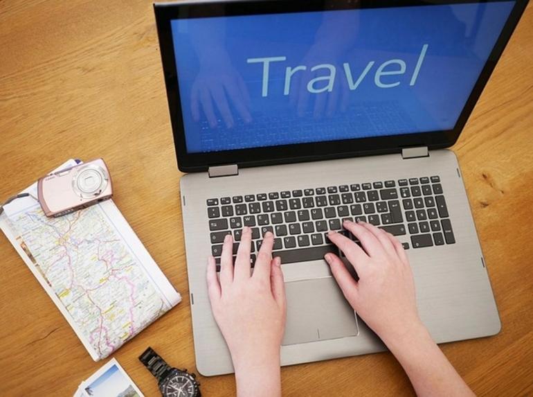 4 hal penting ketika merencanakan liburan ke luar negeri saat pandemi   foto: pixabay/Edeltravel—