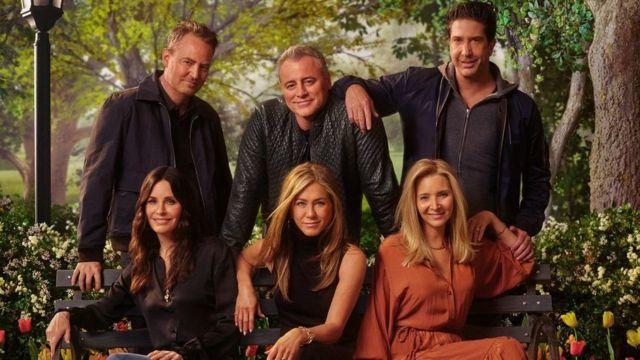 Seluruh pemeran serial Friends kembali bertemu setelah sekian lama, sumber: BBC