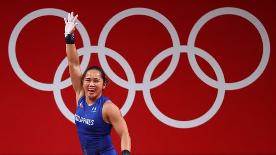 Nidilyn Diaz mempersembahkan medali emas pertama untuk negaranya (rappler.com)
