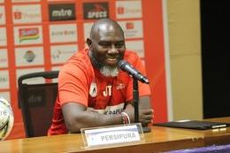 Image: Pelatih Persipura Jayapura Jacksen F. Tiago. Sumber: Kompas