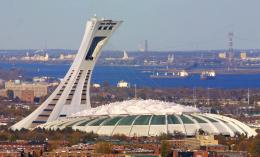 Montreal's Olympic Stadium. Sumber: Andre Forget/ AP/denverpost.com