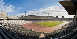 Stadion Olympic Barcelona. Sumber: Diliff/wikimedia