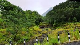 Mengintip Merapi dari Kali Opak hulu (Dokumen pribadi)