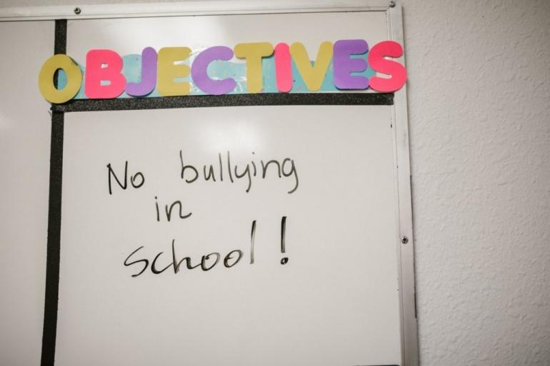Hentikan bullying di sekolah (sumber: pexels.com/RODNAE Production)