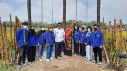 Foto Bersama Peresmian Ayunan Bambu/Dokpri
