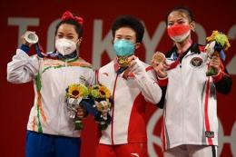 Windu Cantika Aisah meraih perunggu Olimpiade Tokyo.(Kompas.com/AFP/Vincenzo Pinto)