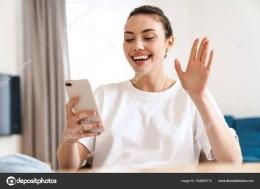 Perempuan cantik gembira, sumber gambar : depositphotos
