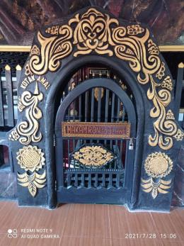 Pintu masuk makam (dokpri)