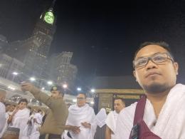 Didepan Ka'bah yang dipadati umat Islam,3 Pebruari 2020. Foto: Abdullah Mufid Mubarrok