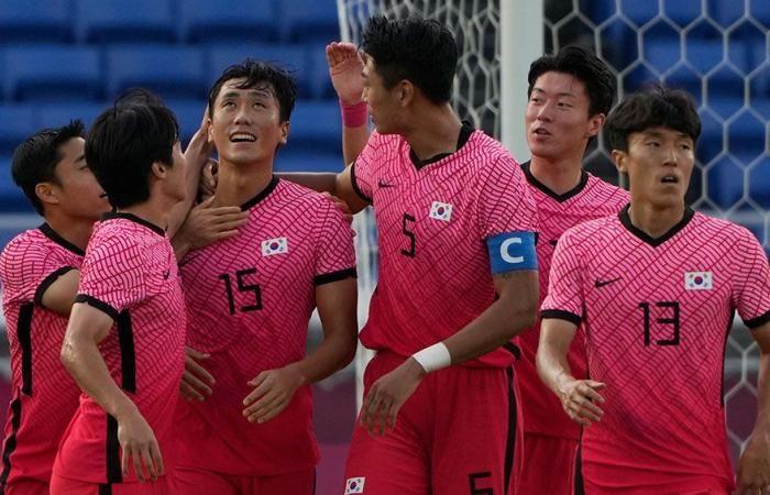 Pemain Korea Selatan merayakan gol ke gawang Honduras. (via today.in-24.com)