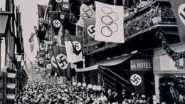 Foto: Lambang swastika di Olimpiade Berlin. (Sumber: Alamy stock photo)