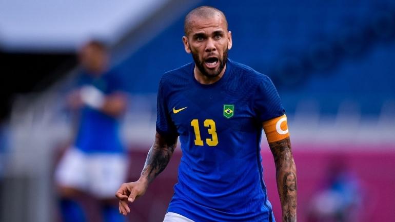 Dani Alves, kapten timnas Brazil. (via uscasinomagazine.com)
