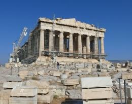 Restorasi Parthenon. Sumber: dokumentasi pribadi