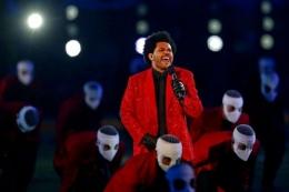 The Weeknd kerap dibanding-bandingkan dengan Michael Jackson | sumber: usatoday.com