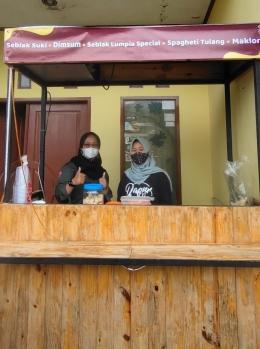 Suasana kunjungan ke UMK Warung Bestie di tengah pandemi Covid-19. (Dok. pribadi)