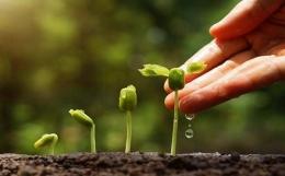 Mari melakukan kebaikan, Sumber gambar: Bhayangkari