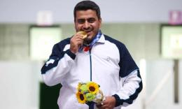 Javad Foroughi dan emas Olimpiade Tokyo: YUTAKA/AFLO/Shutterstock