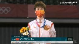 Chen Yufei, peraih medali emas tunggal putri Olimpiade Tokyo: https://twitter.com/BadmintonTalk/