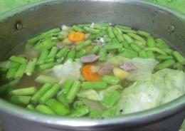 Gambar 5, masukkan semua sayuran [Foto: Siti Nazarotin]