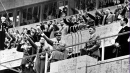 Hitler & Nazi Olympics- Berlin. Sumber: Reuters/Topham/www.qz.com