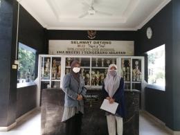 Menyampaikkan surat pengantar serta berdiskusi tentang sosialisasi dan perizinan kegiatan program KKN Tematik di SMAN 3 Kota Tangerang Selatan