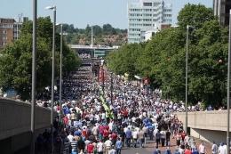 Olympic Way (Wembley Way)-London. Sumber: Richard Croft / wikimedia