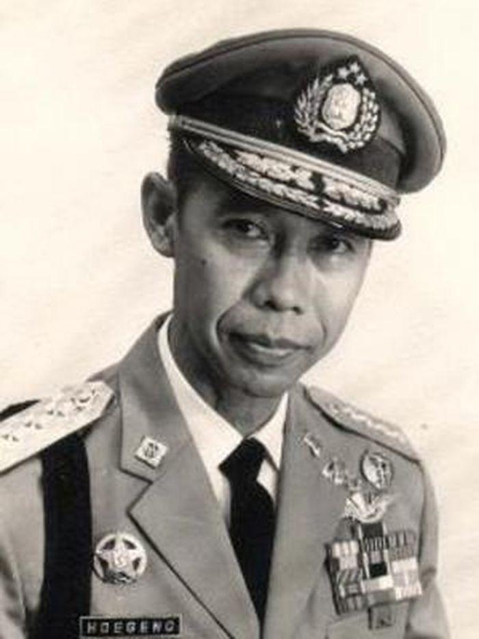 sosok Jenderal Hoegeng ( Kuyo.id.com)