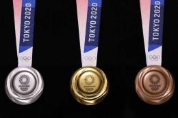 medali olimpiade Tokyo 2020 (sumber: tekno.kompas.com)