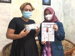 Gambar 1. Edukasi Pencegahan Osteoporosis, Pembagian Poster, Suplemen Kalsium dan Vitamin D Kepada Ibu-Ibu PKK RW 02 Kelurahan Rowosari (dokpri)