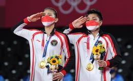 Greysia Pollii/Apriyani Rahayu menjuarai final Olimpiade Tokyo 2020 di Tokyo, Jepang pada Senin, 2 Juli 2021 (Foto: ANTARA/Sigid Kurniawan)