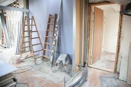 Ilustrasi bagian rumah yang sedang direnovasi. Sumber: PEXELS/RENE ASMUSSEN via Kompas.com
