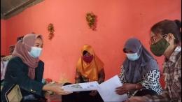 Program 1:Sosialisasi Kesadaran Penduduk mengenai Menjaga Diri Sendiri dan Sesama di masa Pandemi.