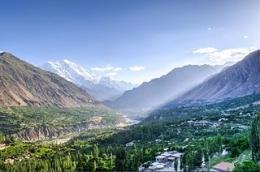Pemandangan di Lembah Hunza (oneplj.com)