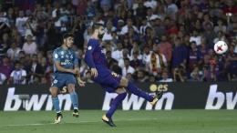 Gol Asensio ke gawang Barcelona saat Piala Super Spanyol 2017. Sumber: REUTERS/Juan Medina