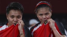Jalan panjang dilalui Apriyani Rahayu dan Greysia Polii sebelum menjadi juara di Olimpiade 2020. (Sumber: World Today News Online)