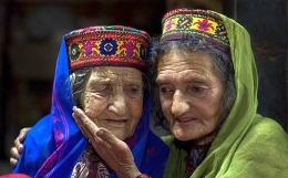 Wanita Hunza yang panjang umur (travel-culture.com)