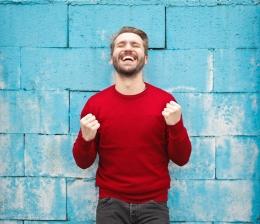 Gambar: Peran sikap positif dalam kepribadian (Sumber: pexels.com)