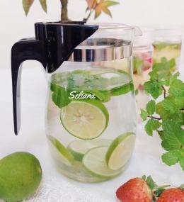Ilustrasi infused water jeruk nipis dan mint | Foto Seliara