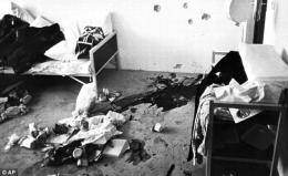 Foto: Kondisi ruangan setelah penyerangan teroris terhadap atlet di Olimpiade Munchen (Sumber: HistoryCollection.com)