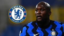 Romelu Lukaku Striker Inter Milan tinggal menunggu waktu untuk menuntaskan kepindahannya ke Chelsea (Foto Goal).